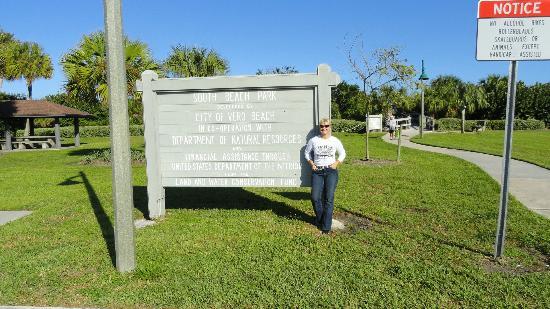 Royal Palm Pointe Park: Vero Beach Park! Very Nice Day!