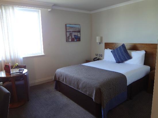 هول مارك هوتل كرويدون آيرودروم: een luxe kamer 