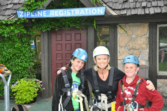 Mountain Grand Lodge and Spa: Zip lining