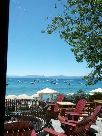 Hyatt Regency Lake Tahoe Resort, Spa and Casino: View of the beach and lake from the Lone Eagle Grille's bar