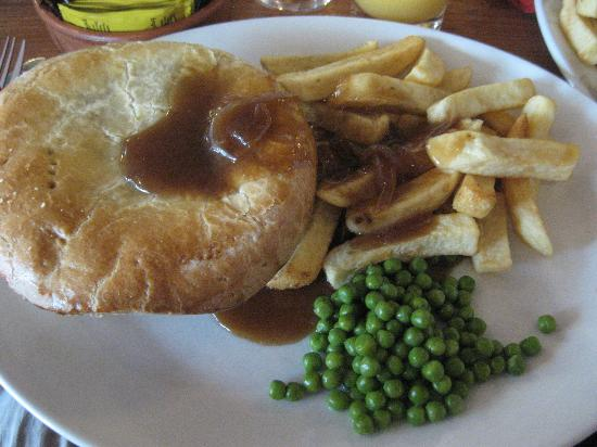 The Red Barn: My favourite meal at Red barn.....steak n Ale pie.