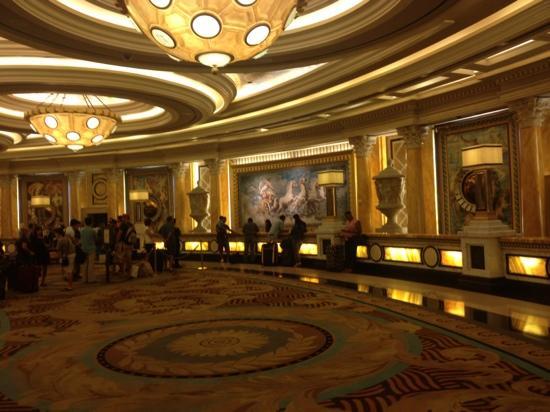 Foto De Caesars Palace Las Vegas Front Desk Tripadvisor