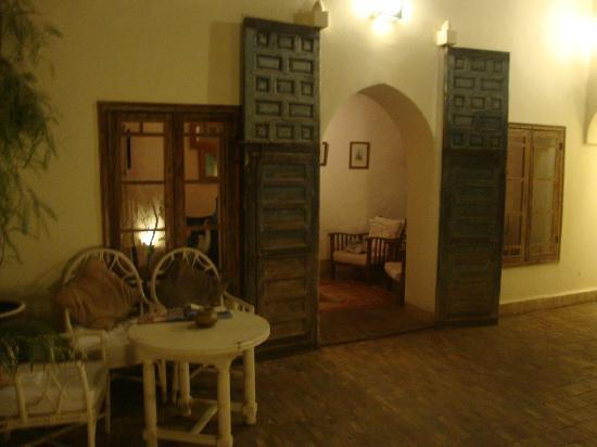 Riad Le Coq Fou: sitting area
