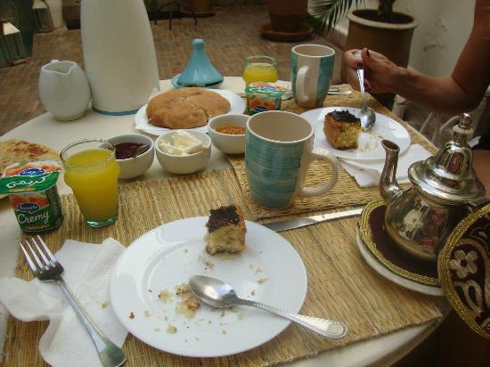 Riad Le Coq Fou: breakfast