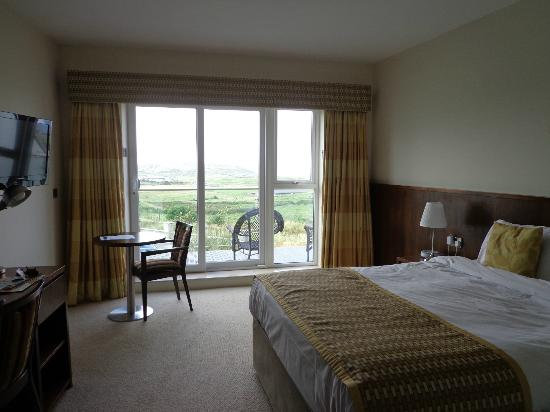 Strandhill Lodge and Suites Hotel: Very spacious room with a view