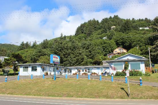 Ya Tel Motel Yatel From Highway 101