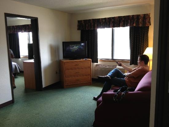 Americinn Lodge & Suites Elkhorn: Living room