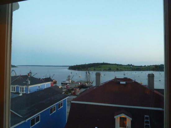 Lunenburg Arms Hotel: Check out that view
