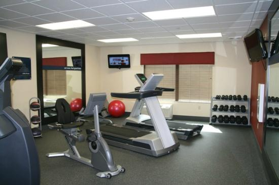 Hampton Inn Tomah: Jump Fitness Center