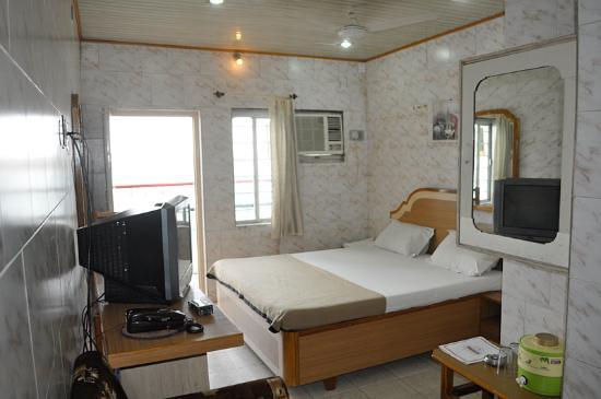 Hotel Ashiyana Foto