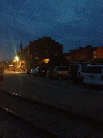 Depot Grille: outside