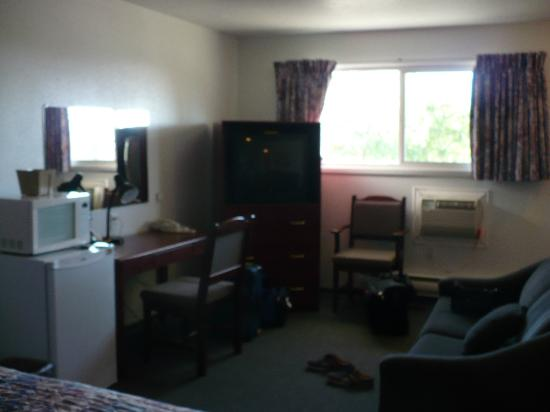 Hitching Post Motel: Our Room