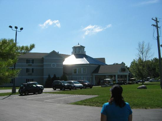 BayShore Resort: Front of the building