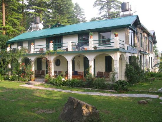 Hotel eagles nest dharamsala asia india updated - Hotels in dharamshala with swimming pool ...