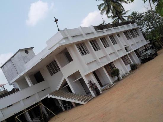 Premier Tourist Home