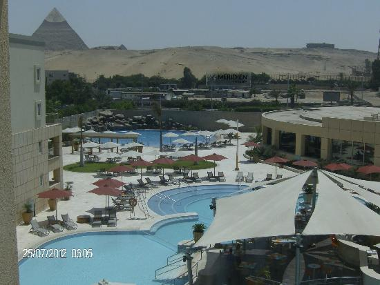 Le Méridien Pyramids Hotel & Spa: The view I was privileged with from my room.