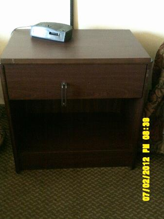 Days Inn - ST. Louis/Westport MO: broken alarm clock and check out the handle on the nightstand