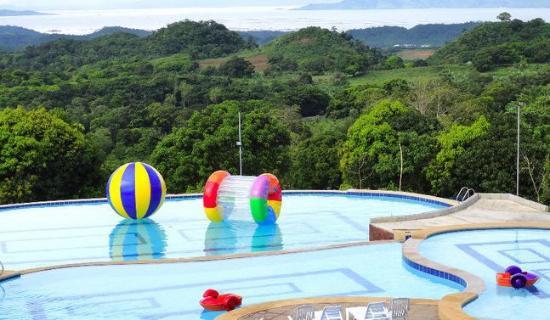 Bakasyunan Resort Tanay