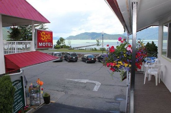 The Spa Motel Harrison Hot Springs