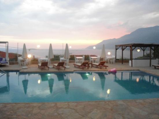 Mavilim Hotel Pool