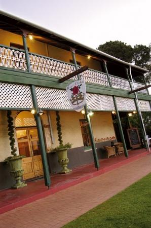 Rose & Crown Hotel Swan Valley
