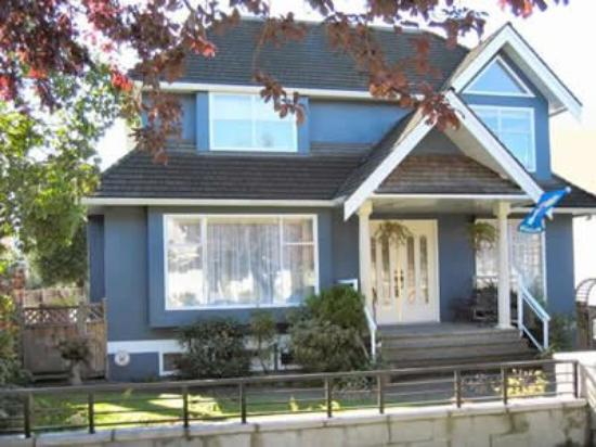 Arbutus Vista Vancouver Bed and Breakfast Suite