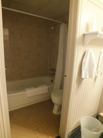 Northridge Inn & Resort: bathroom