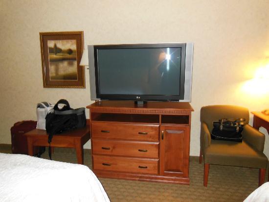Hampton Inn & Suites Pocatello: Huge TV!!!!