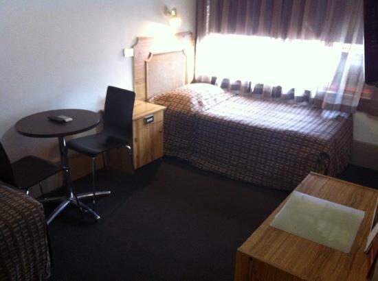 Adelaide Paringa: nice cozy room