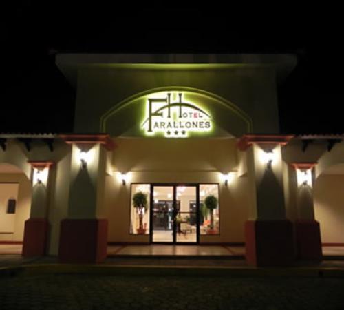 Farallones Hotel