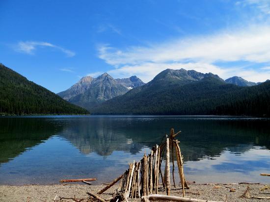 Bowman Lake: Quartz Lake