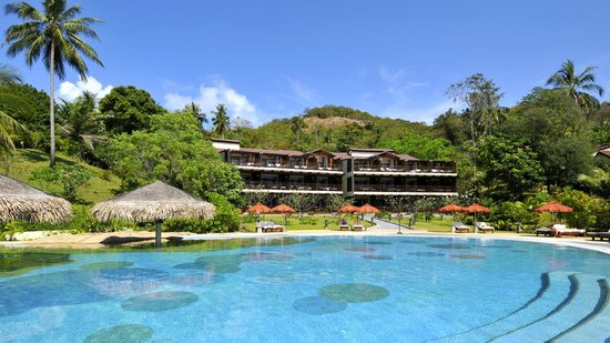 The Tongsai Bay: Main pool and Beachfront Suites