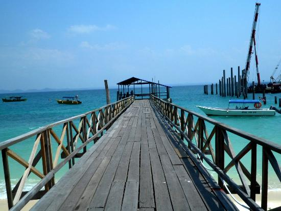 D'Coconut Resort: The impressive view at the jetty
