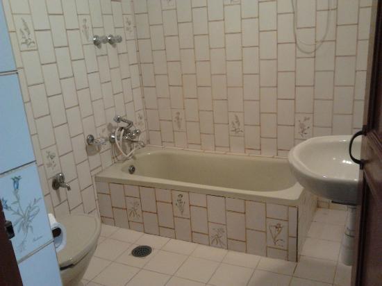 Niva Niwa Lodge: niva niwa room toilet