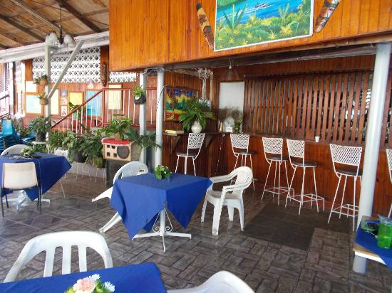 Verney's Tropical Resort: Great Jamaican Coffee served every morning