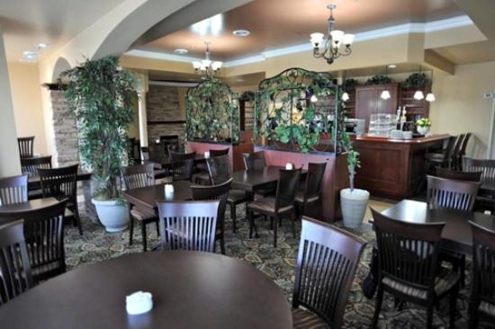 Scarpaccio Ristorante Grill & Wine Bar: Scarpaccio Dining Room