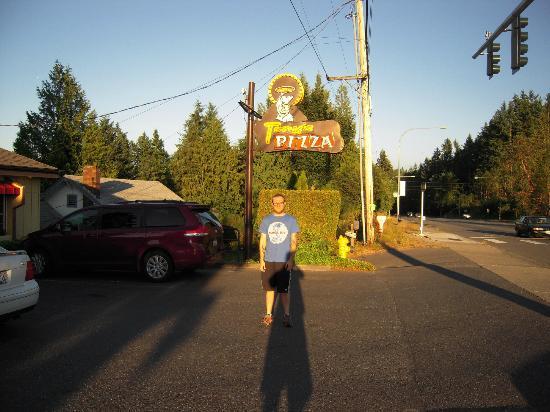 Tony's Italian Restaurant: The Original Sign