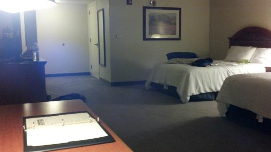 Hilton Garden Inn Providence Airport/Warwick : Huge room on the corner 4th floor