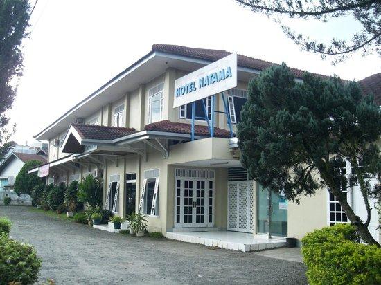 Padang Sidempuan, Indonesia: Hotel Natama Front Building