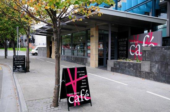 Zero Davey Cafe