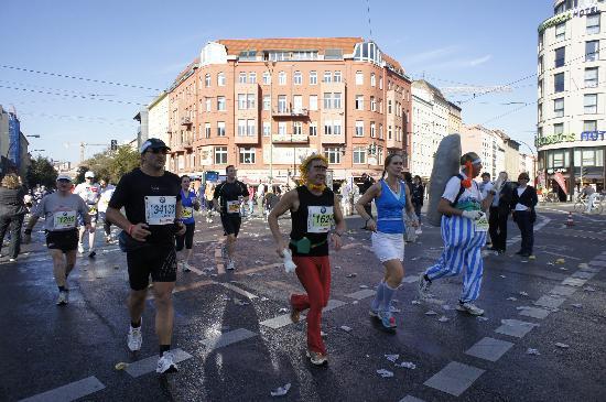 The Circus Hostel: ベルリンマラソンの通り道