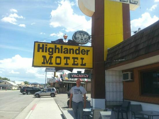 Highlander Motel: the owner out front of his motel nice guy Allan