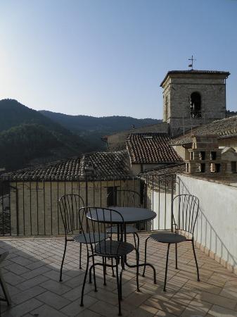 Appartamenti Vacanza La Meridiana : Il nostro terrazzo