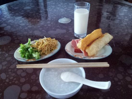 Mingshi Business Hotel: Very attractive daily breakfast buffet at 3FL