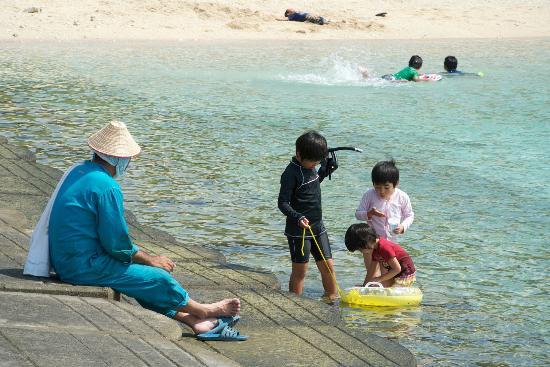 Nama hama Beach: なーま浜(右手堤防より)