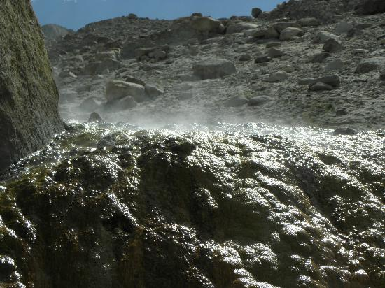 Panamik - Hot Water Springs - Picture Of Nubra Valley -9295