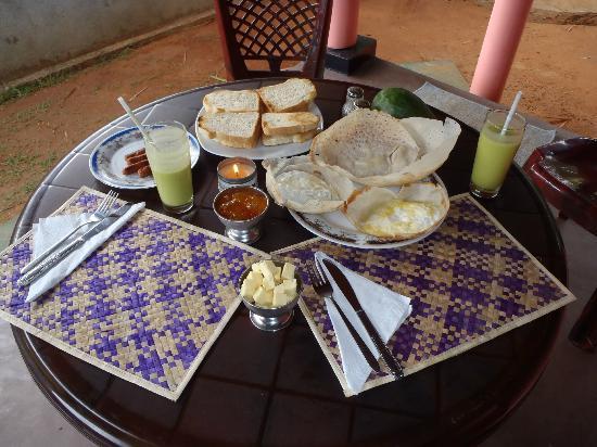 Richard Cabanas : Breakfast at our cabana
