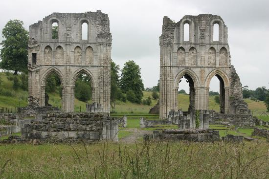 ‪Roche Abbey‬