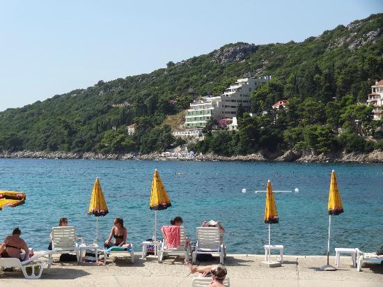 Franusic Rooms : the nearest beach