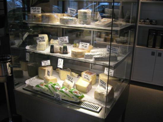 Mares : Cheese counter have many excellent choices
